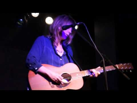 Beth Orton - Safe In Your Arms