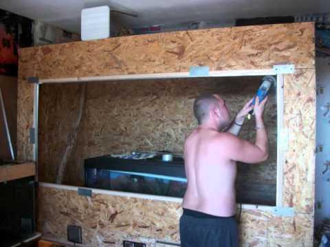 fabriquation de terrarium pour pitchou iguane en osb 4 youtube. Black Bedroom Furniture Sets. Home Design Ideas