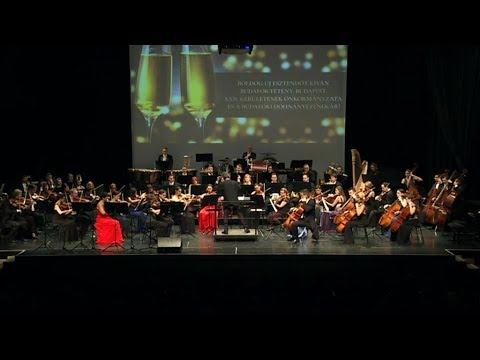 A Budafoki Dohnányi Zenekar újévi koncertje a Klauzál Házban