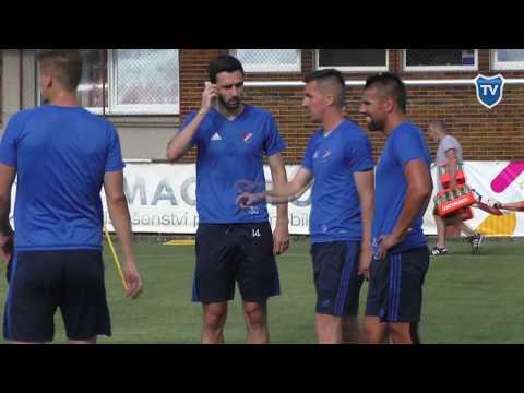 Kemp v Kroměříži: první trénink Milana Baroše