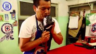 Cleto Reyes Boxing Gloves (Made in Mexico)