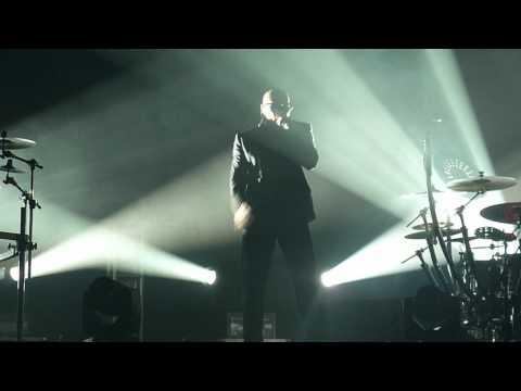 Pitbull- Pause (zumba)- Gibson Amphitheater- Los Angeles, Ca  8 9 12 video
