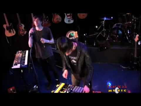 Cut Copy - Saturdays - Live on Fearless Music
