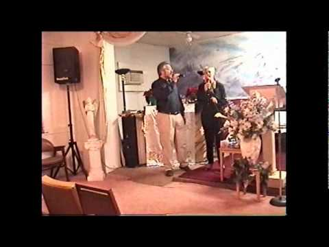 Melinda Hoyer and Phil Upchurch Worship Music 2007