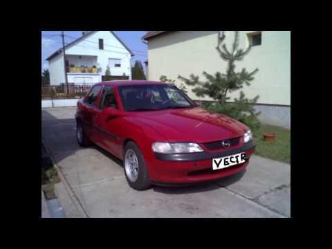 Dj El V Lad K Egy Piros Opel Vectra Tartja