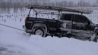 Truck, Snow, FAIL HD(truck wrecks in 4ft snow drift, loader barely pulls it out)