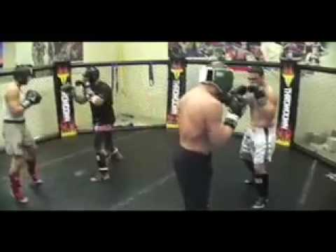 Tito Ortiz training camp 2008 Image 1