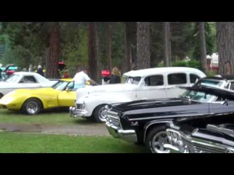 A Little footage of the Comancheros car show. My folks have the 1935 dodge p.u and the 1967 ford fairlane GTA. The old 65 made it's second car show appearance.