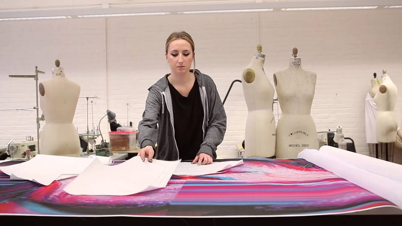 Role of a fashion designer 11