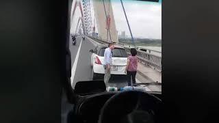 Khi phụ nữ lái xe oto