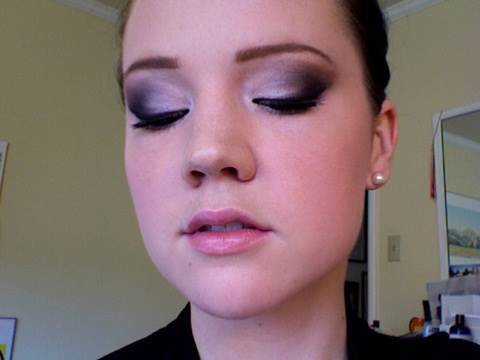 Innocent Smoky Eye Tutorial