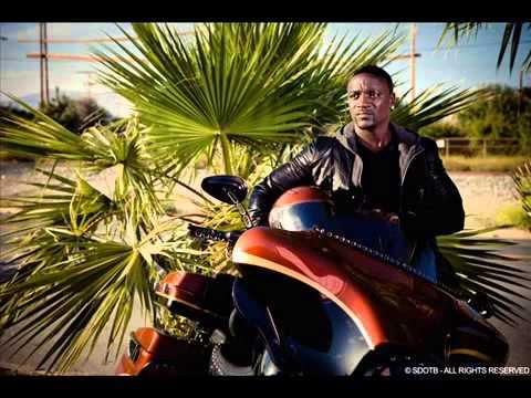 Akon Ft David Guetta - Change Comes (Full Song).mp4
