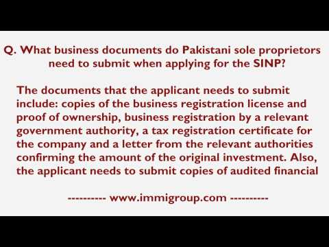 What business documents do Pakistani sole proprietors need to submit when applying for the SINP?
