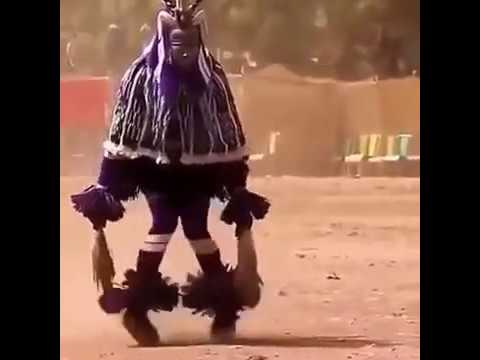 رقص افريقي ولا اروع حركه مثل البرق thumbnail