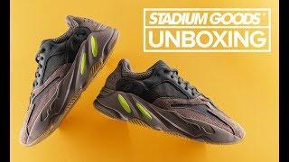 """adidas Yeezy 700 """"Mauve""""   Stadium Goods Unboxing"""