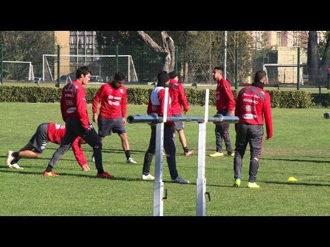Chilean football squad starts training for 2014 World Cup