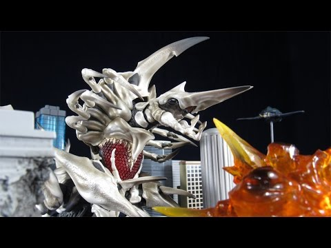 Kaiyodo Legacy Of Revoltech LR-051 Queen/Mother Legion Reissue- Gamera 2 Action Figure Review