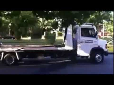 Dandenong Hwy stoppage – Heavy Front Damage No Injury – Melbourne