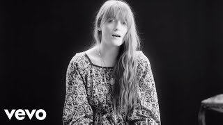 Клип Florence & The Machine - Sky Full Of Song