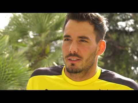 Bürki spricht über das Trainingslager und seine Verletzung