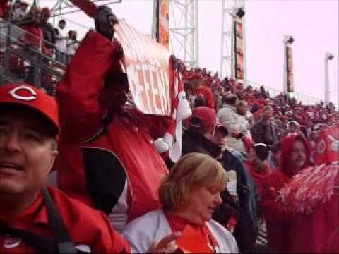 Ramon Hernandez hits a walkoff homerun to clinch a Reds win against the Brewers on Opening Day check out the #1 MLB blog Better Off Red http://ramsey.mlblogs.com/ Russell Wight's Opening...