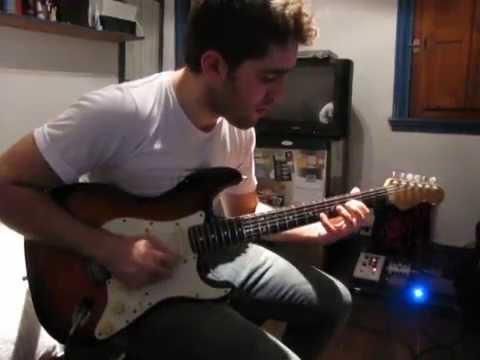 Fender Stratocaster Plus filmado por Anshy Fulanita