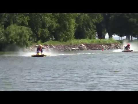 Boats Racing