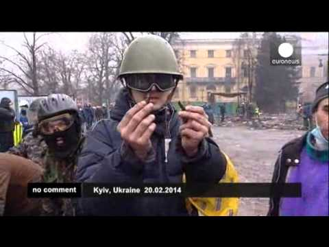 Violence escalates in Kiev   euronews, no comment