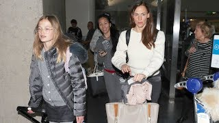 Jennifer Garner And Daughter Violet Back In LA Amid Reports Ben Wants His Family Back