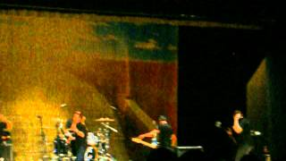 Watch Yellowcard Me First video