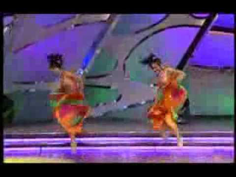 Super Bollywood Dance  Alisha & Khooshboo video