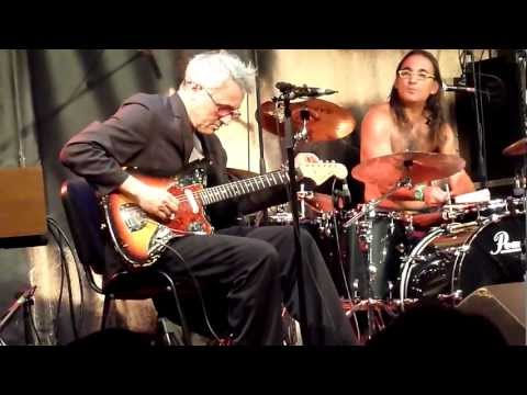 Marc Ribot Y Los Cubanos Postizos @ New Morning, Paris 2012