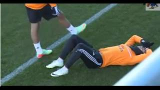 PEPE injured Cristiano Ronaldo in the trainings of 01-27-2014