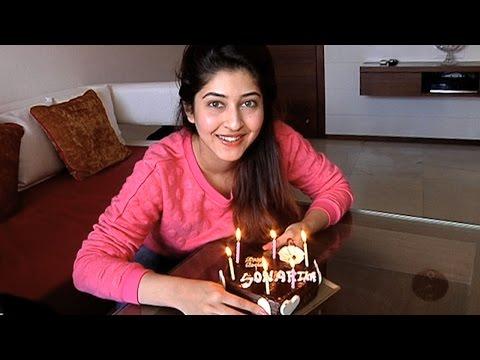 Sonarika Bhadoria Celebrates Her Birthday With India-Forums