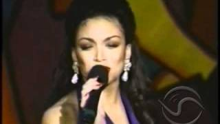 Watch Chante Moore Who Do I Turn To video
