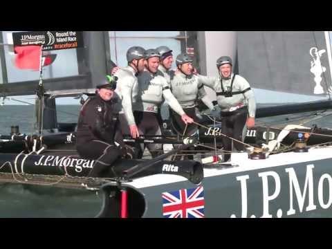 J.P.Morgan BAR break the Round the Island Race Multihull record