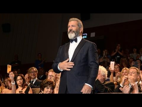 Gibson's 'Hacksaw Ridge' Gets 10 Minute Standing Ovation