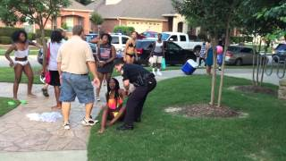 Texas cop resigns after pool party arrest video