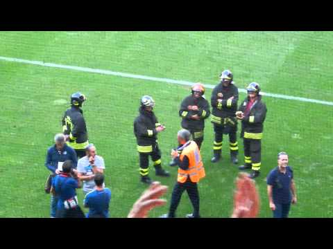 Genoa - Juventus: Inno Vigili del Fuoco