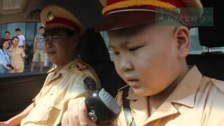 CSGT Đà Nẵng thực hiện ước mơ làm CSGT của em bé bị ung thư