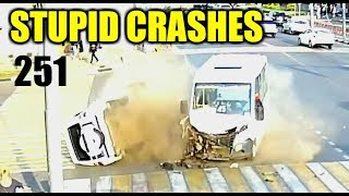 Stupid driving mistakes 251 (September 2018 English subtitles)