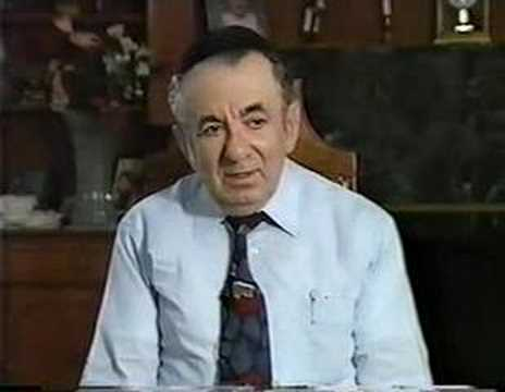 Interview with Holocaust survivor Mordecai Topel Part 1/15