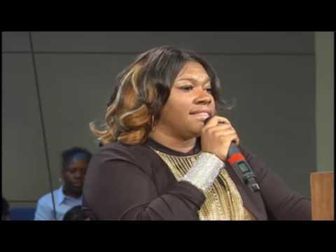 Lisa Knowles at New Hope Baptist Church