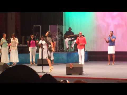 """""""Yes I Believe"""" by Michelle Williams at The Faith Center, Sunrise, FL."""