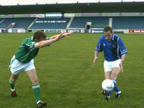 learn how to play Gaelic Games - The Football dummy