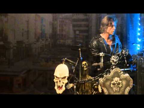 Alice Cooper - Dance Yourself To Death