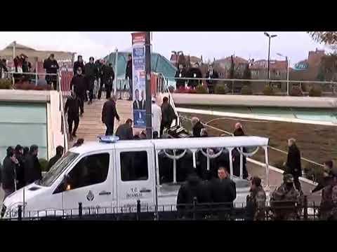 Mesut Yılmaz'ın Oğlunun Cenazesi Marmara İlahiyat Fakültesi Camii'ne Getirildi