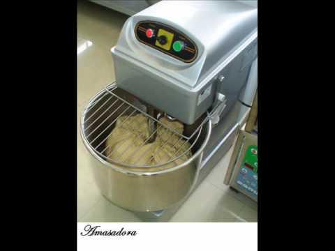 Herramientas m quinas y utensilios de cocina youtube for Herramientas de cocina