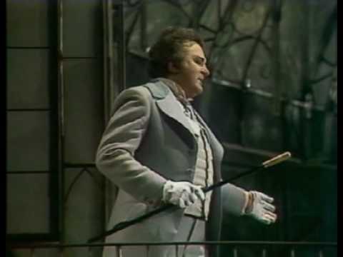 "Opera Fausto de Gounod, Nicolai Gedda. Acto III, cavatina ""Salut, demeure chaste et pure"". HD"