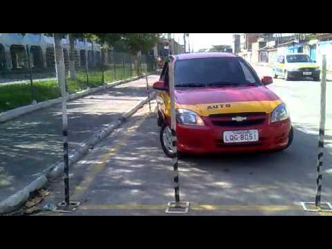 Auto Escola TUPY  ( Baliza do Celta 4 portas , direção hidráulica ) Instrutor Marcio Santos